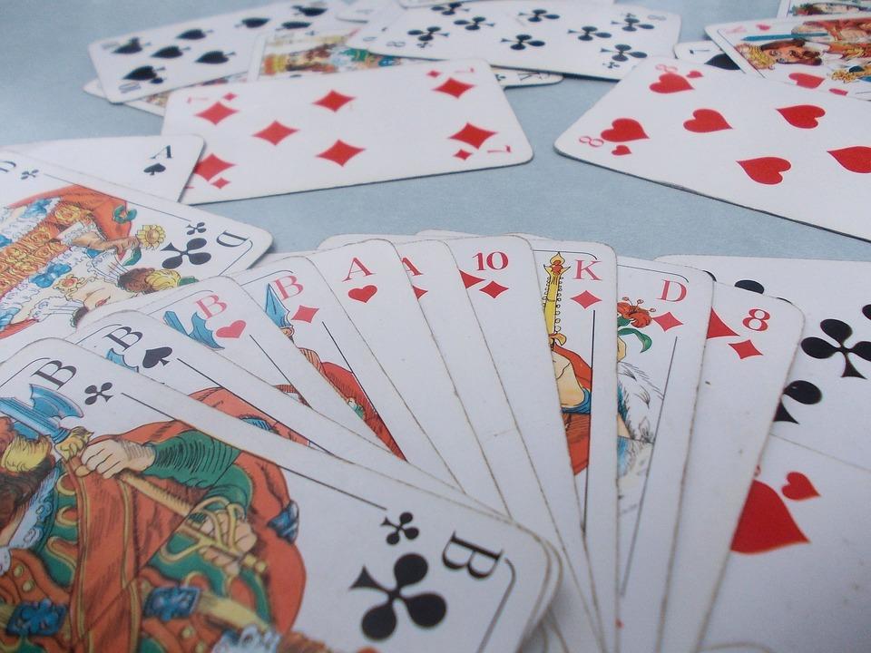 Tirage des 32 cartes à faire soi-même et explications des méthodes ! aefc6f815d48
